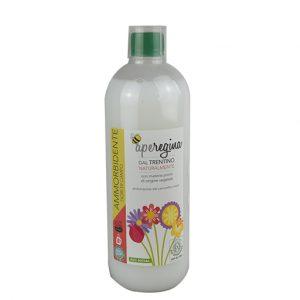 ApeRegina ECO balsam pentru haine cu miros de flori de câmp 1000 ml (30 sp)